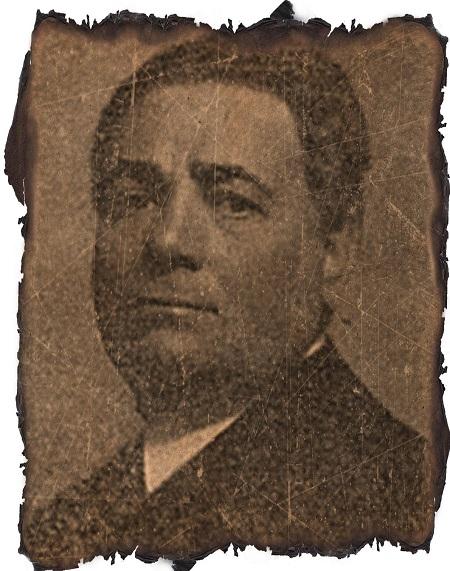 Il maestro Enrico Saroldi, scultore piemontese, è autore di monete e medaglie per San Marino negli anni '30 del secolo scorso