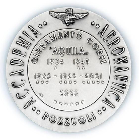 """Il giuramento del Corso Aquila VI si è svolto a Pozzuoli lo scorso 22 ottobre ed è stato solennizzato da questa ennesima, bella """"areo medaglia"""" firmata Zanelli"""