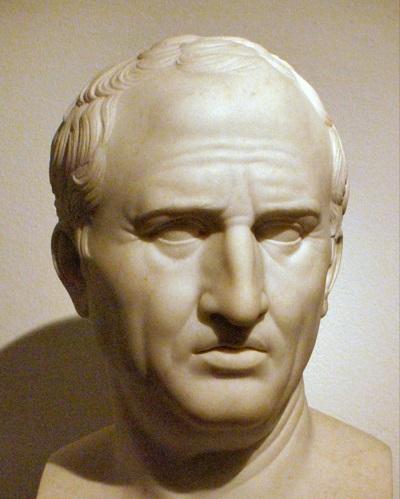 Politico, scrittore, oratore e filosofo romano, Marco Tullio Cicerone fu anche uno dei massimi avvocati del suo tempo