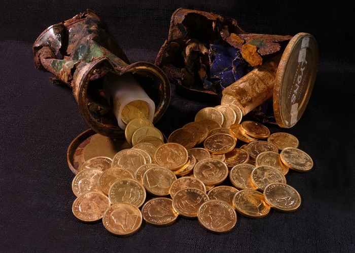 Non solo monete antiche e medievali: anche spreziose coniazioni bullion sudafricane sono state rinvenute di recente nel sottosuolo del Regno Unito, dove la legge regola in modo ben chiaro e liberista l'uso del metal detector, favorendo l'emersione dei ritrovamenti