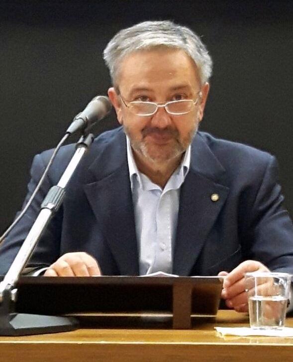 Bernardino Mirra, fin dal 2010 una delle anime del Circolo numismatico romano laziale, è autore di numerosi articoli e di un fondamentale volume sulla bibliografia numismatica italiana edito nel 2009