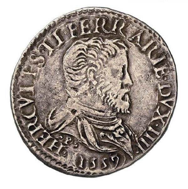 Il dritto della moneta con il busto corazzato e drappeggiato del duca di Ferrara, Modena e Reggio sotto cui si vede, tra due punti, l'iniziale P dell'incisore Pastorino