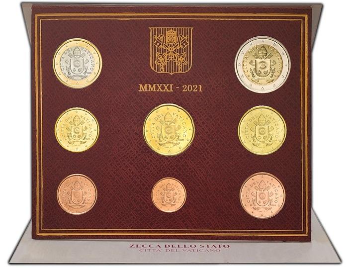 Ecco come si presenta la divisionale vaticana 2021 con le otto monete in versione fior di conio confezionate in astuccio rosso scuro e con stampigliature oro: è disponibile dal 3 maggio