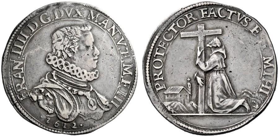 """Tra le monete matonvane del 1612 si ricorda anche lo splendido ducatone """"francescano"""" con ritratto del duca e al rovescio il santo di Assisi in preghiera, abbracciato al crocifisso, di fronte alla Porziuncola"""