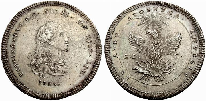 Risale al 1785 la prima oncia in argento da 30 tarì al tipo della fenice a nome di Ferdinando III di Borbone: coniata dalla zecca di Palermo, pesa oltre 68 grammi e misura circa 56 millimetri di diametro