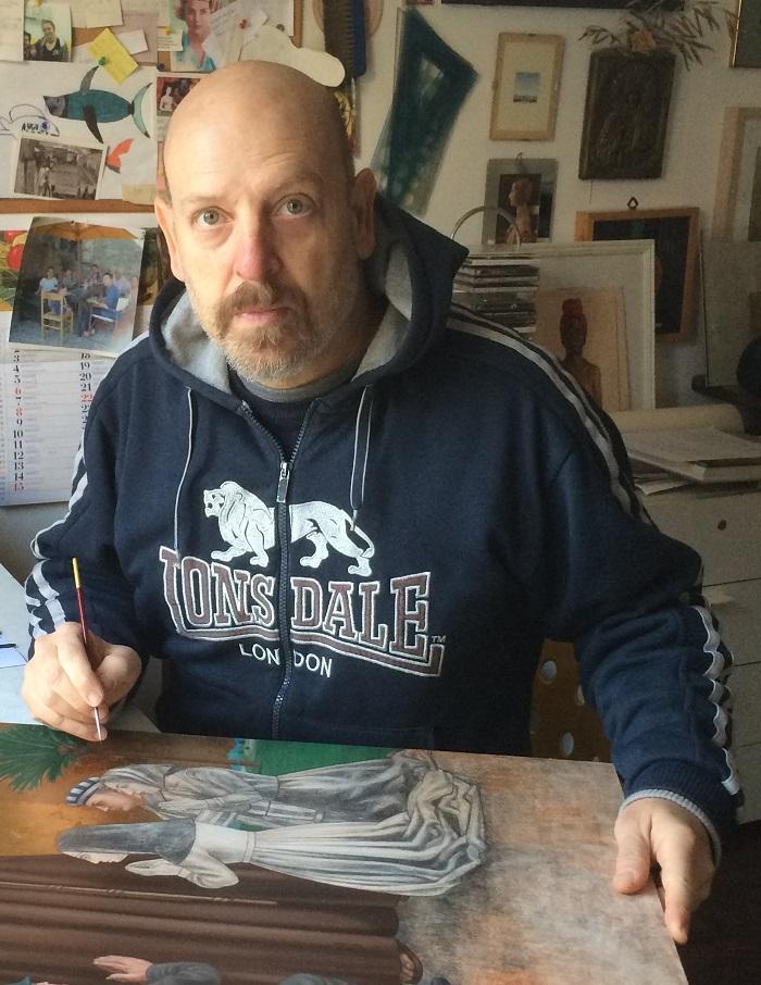 L'artista Marco Ventura nel suo studio milanese