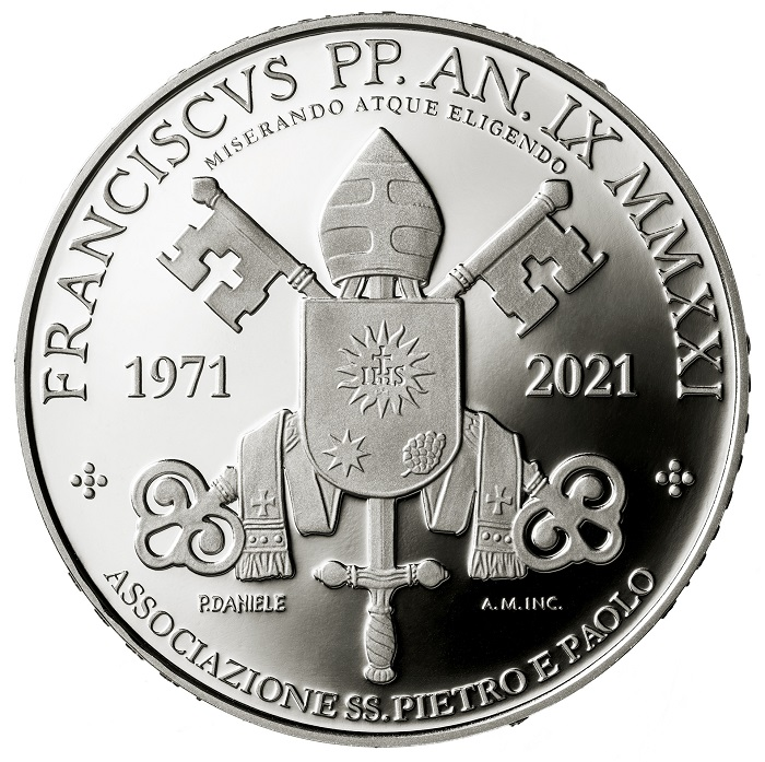L'Associazione SS. Pietro e Paolo venne fondata per volontà di Paolo VI nel 1971, in seguito allo scioglimento dei corpi armati pontifici