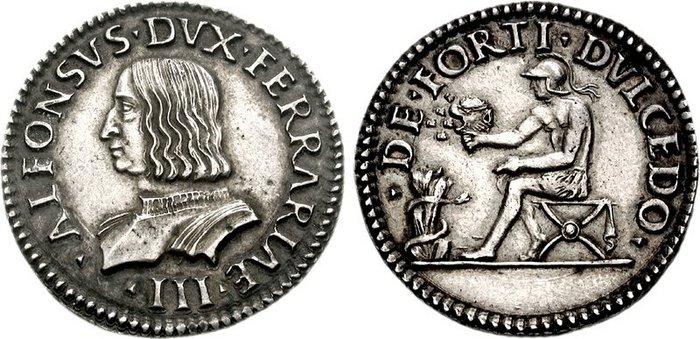 Il testone, o quarto, di Alfonso I d'Este nella versione con busto corazzato e imberbe; al rovescio la scena e il motto biblico con protagonista un elegante Sansone elmato