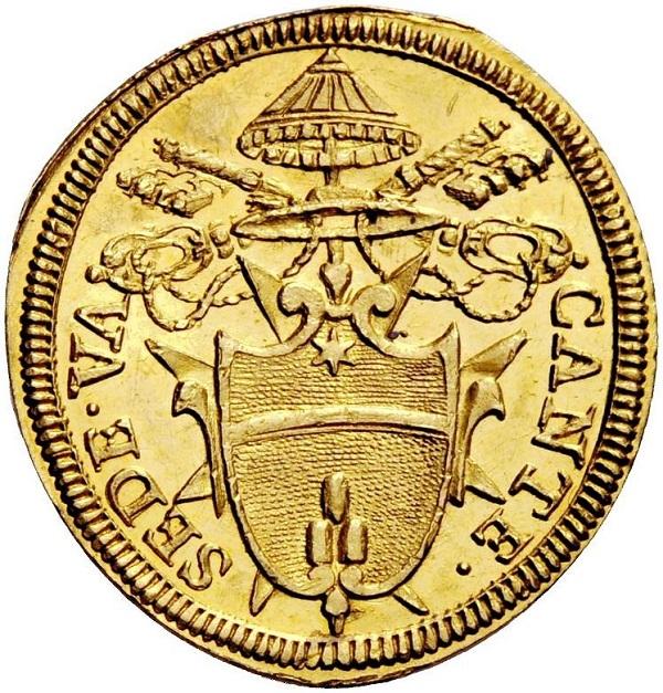 """Lo stemma del """"cardinal fratello"""" di papa Clemente XI sullo scudo d'oro che venne coniato durante la Sede Vacante del 1721"""